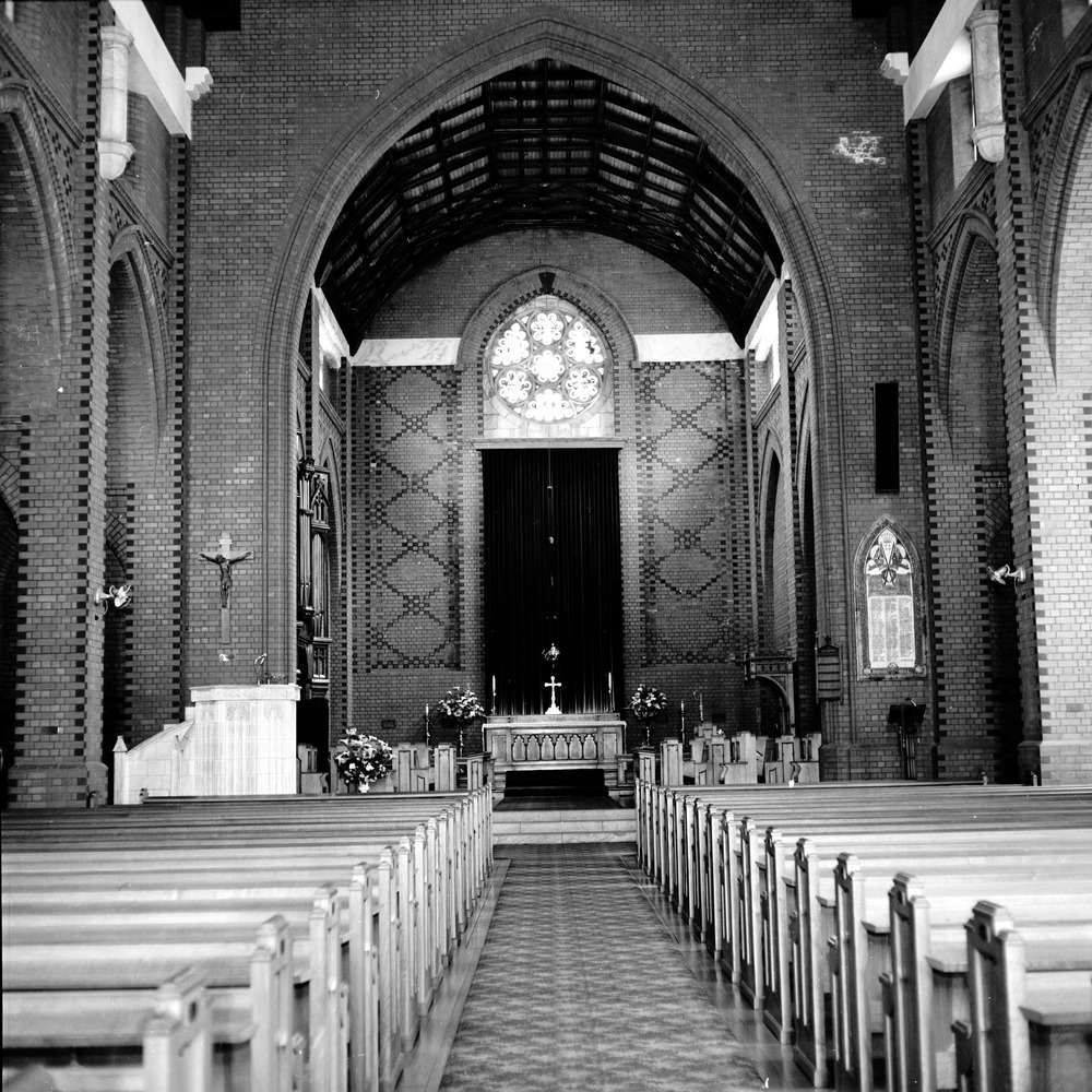 Holy Trinity chancel interior